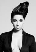 Portrait femme coiffure Noir et Blanc